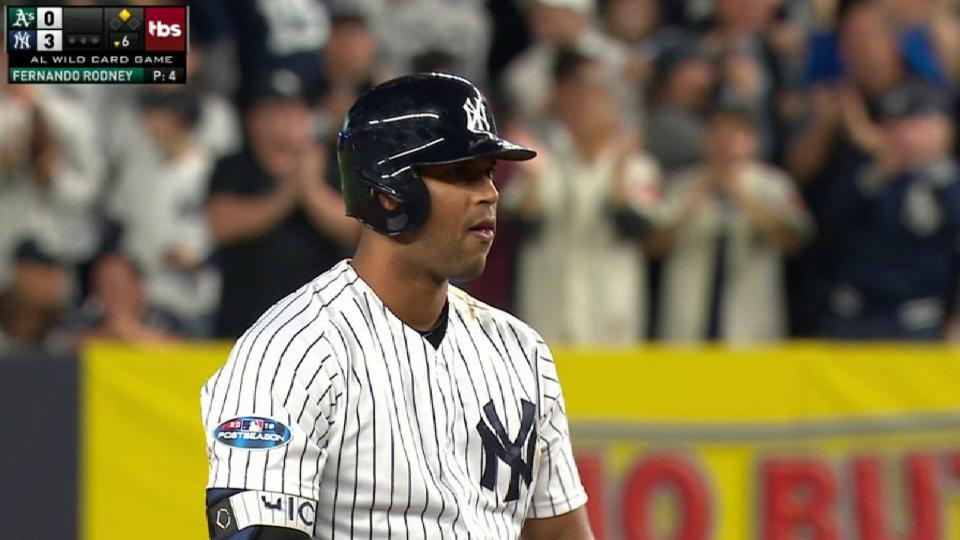 Hicks' RBI double in the 6th