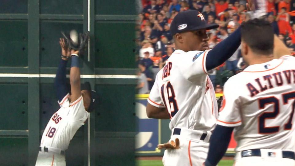 Must C: Kemp's leaping grab