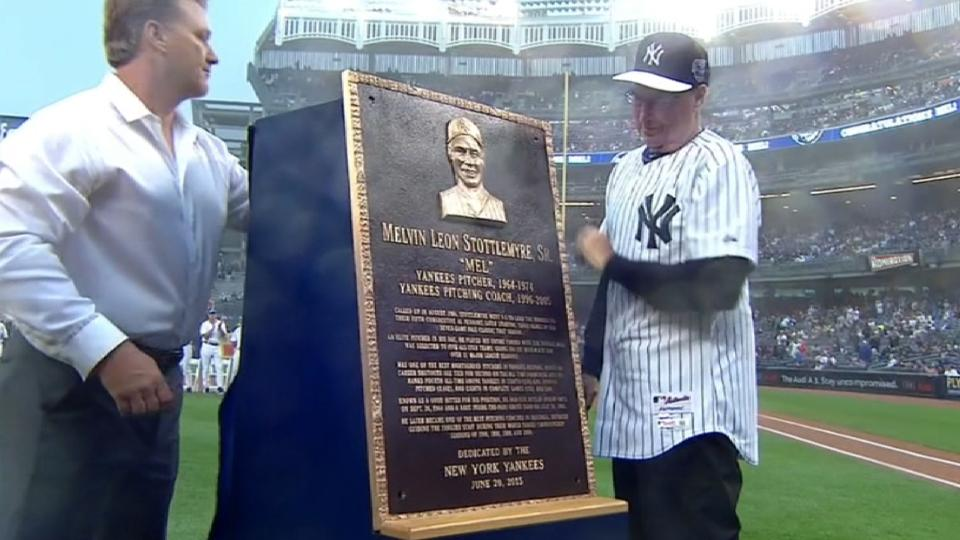 Yankees honor Stottlemyre