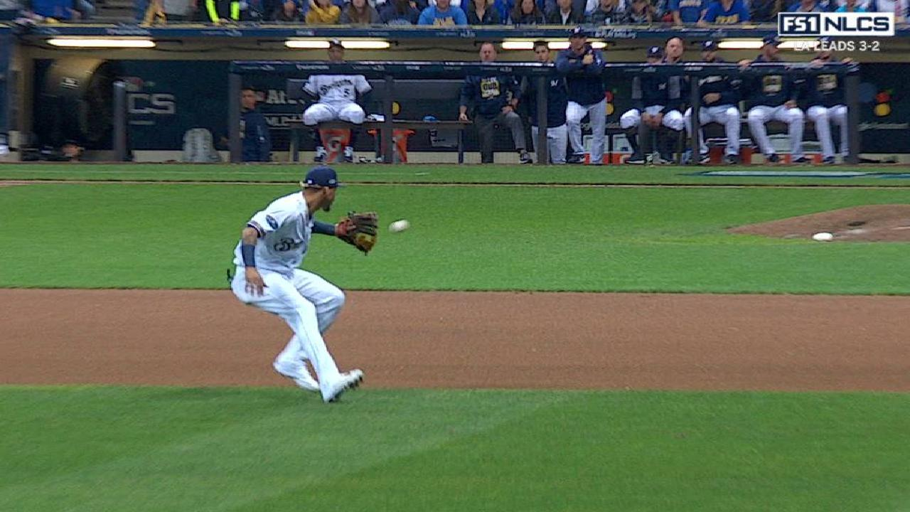 Arcia's backhanded stop