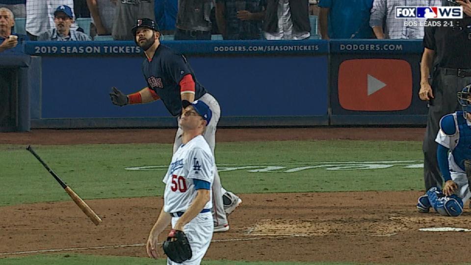 Moreland's 3-run homer