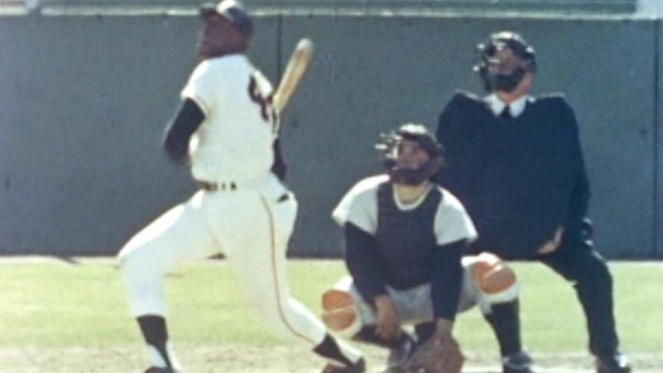 McCovey's solo homer in 7th