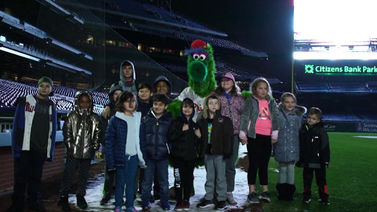 5106415b9d4844 Gabe Kapler and the Phanatic hosted a very special sleepover in the  Phillies clubhouse for nine local children