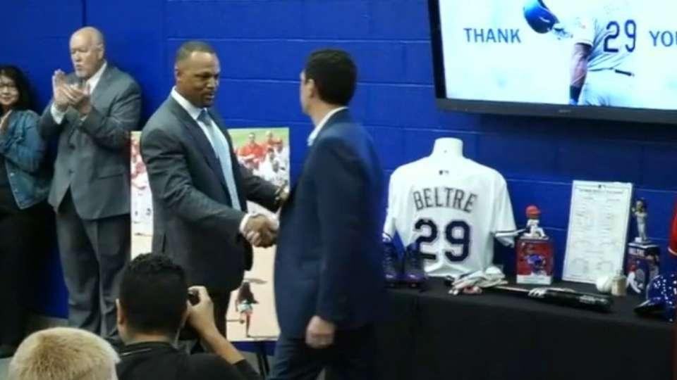 Beltre announces his retirement