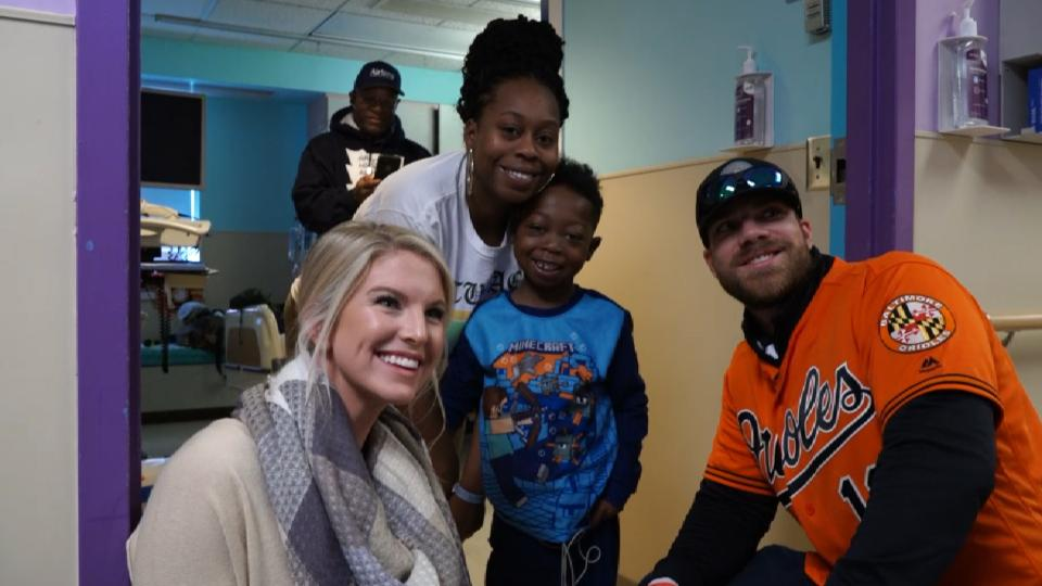 Davis visits children's hospital