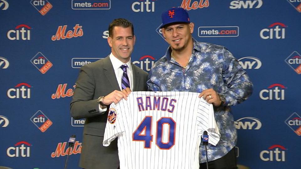 Mets introduce Wilson Ramos