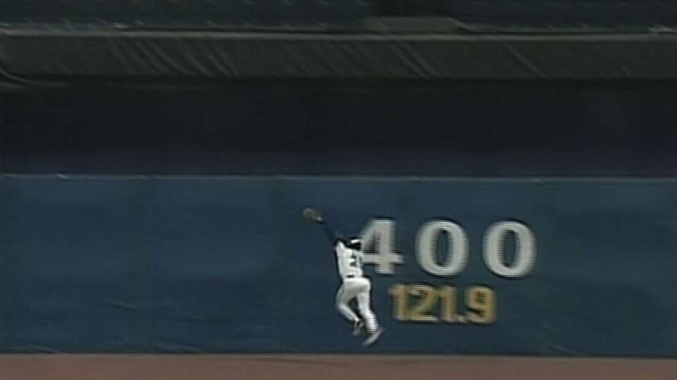 92 WS, GM 3: White's great catch