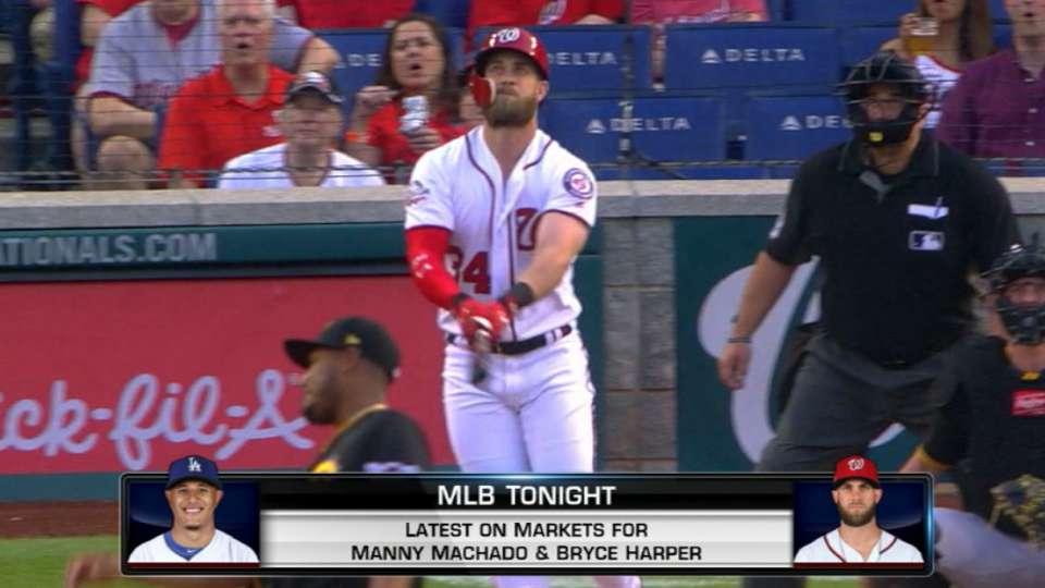 Phils pursue Harper, Machado