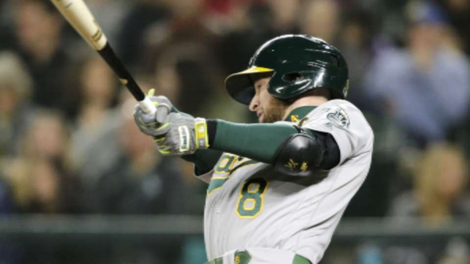 Lowrie signs with the Mets