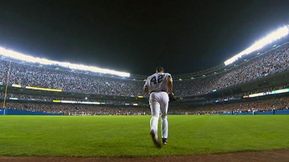 Rivera closes Yankee Stadium