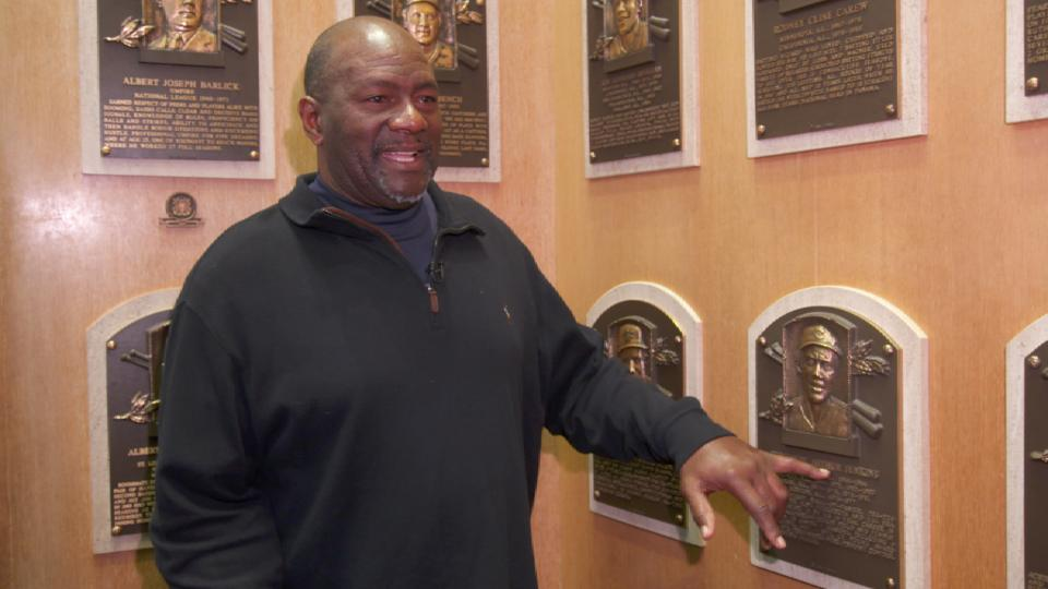Lee Smith tours Cooperstown