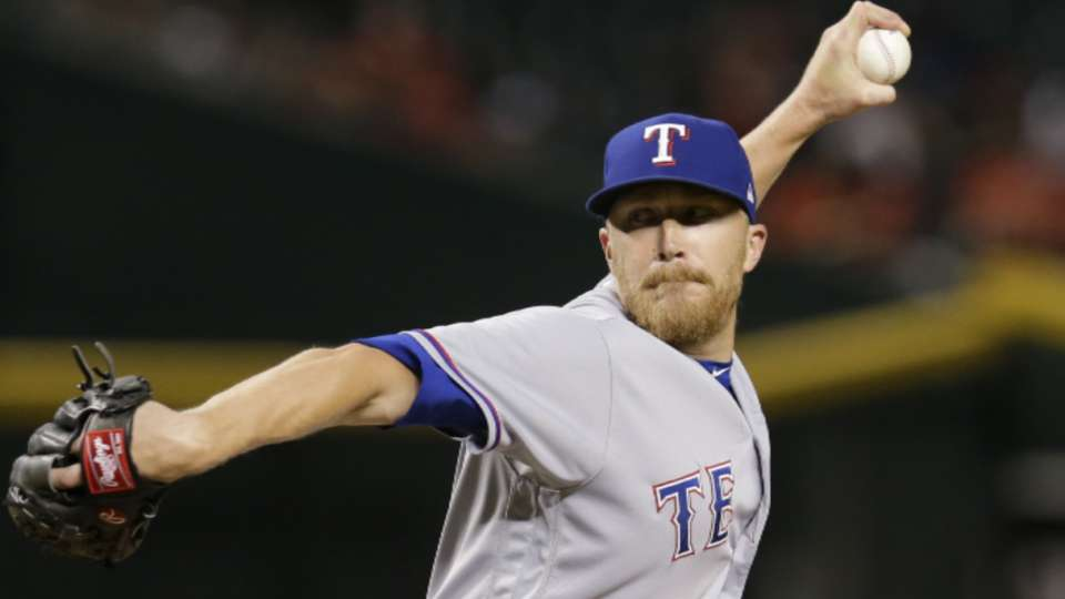Diekman signs with the Royals