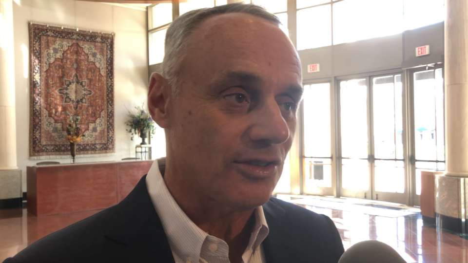 Manfred on Reds' parade