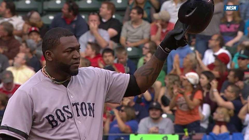 Ortiz's double makes history